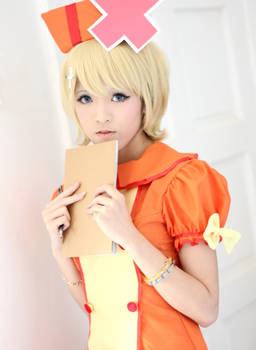 Rin Kagamine Love Colored Ward Cosplay