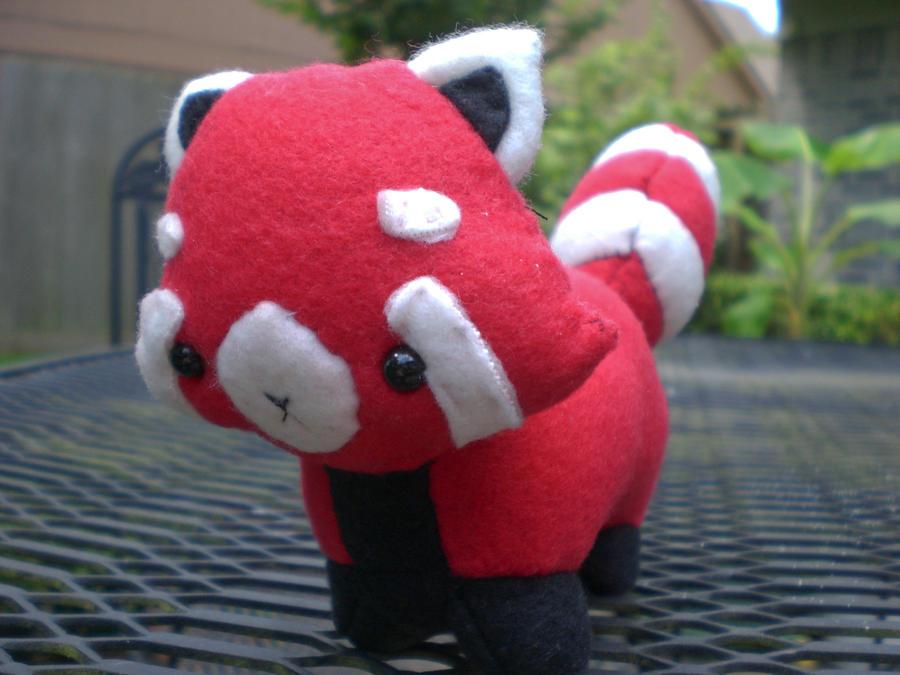 Red Panda by radtastical