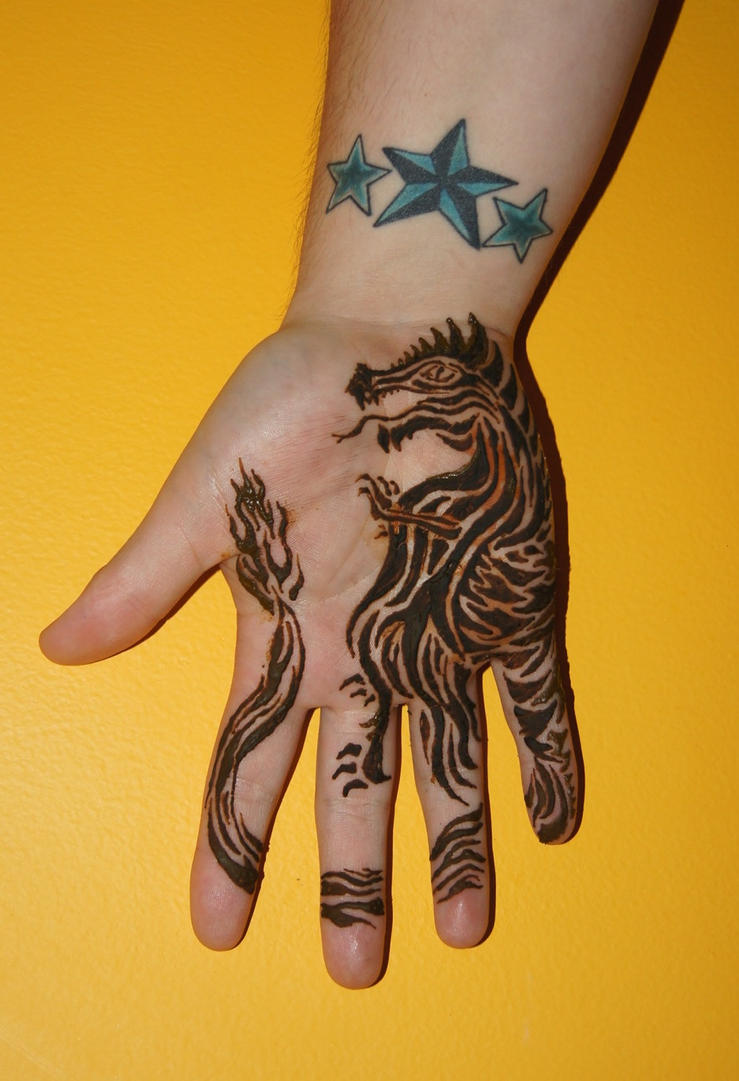 Henna tattoo designs dragon for The girl with the dragon tattoo common sense media