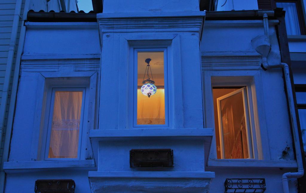 Little Blue House by kiwi2710