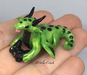 Gamer Dragon by SolarCrush