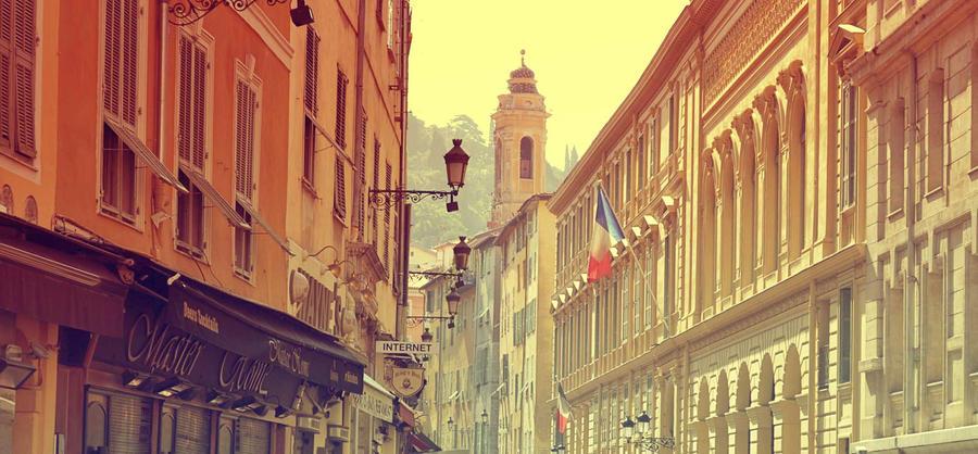 Nice, France by mishmerkes