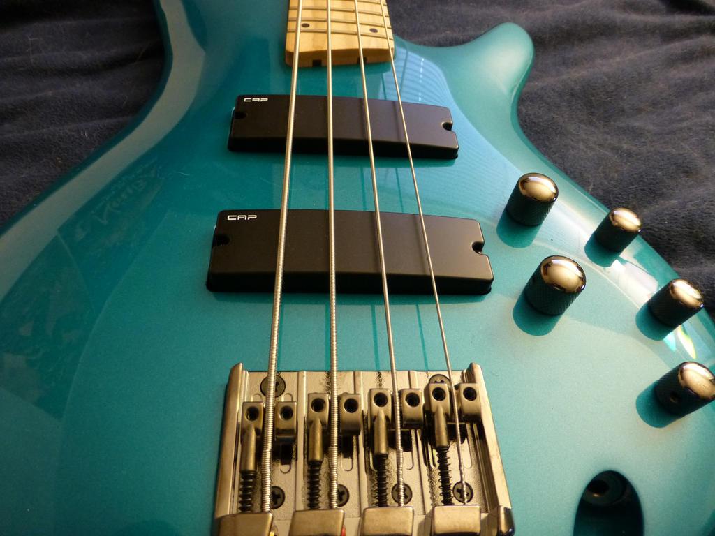 Ibanez SR 300M Bass Guitar By Gummi Grizzly