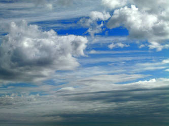 Beautiful clouds by cirelin