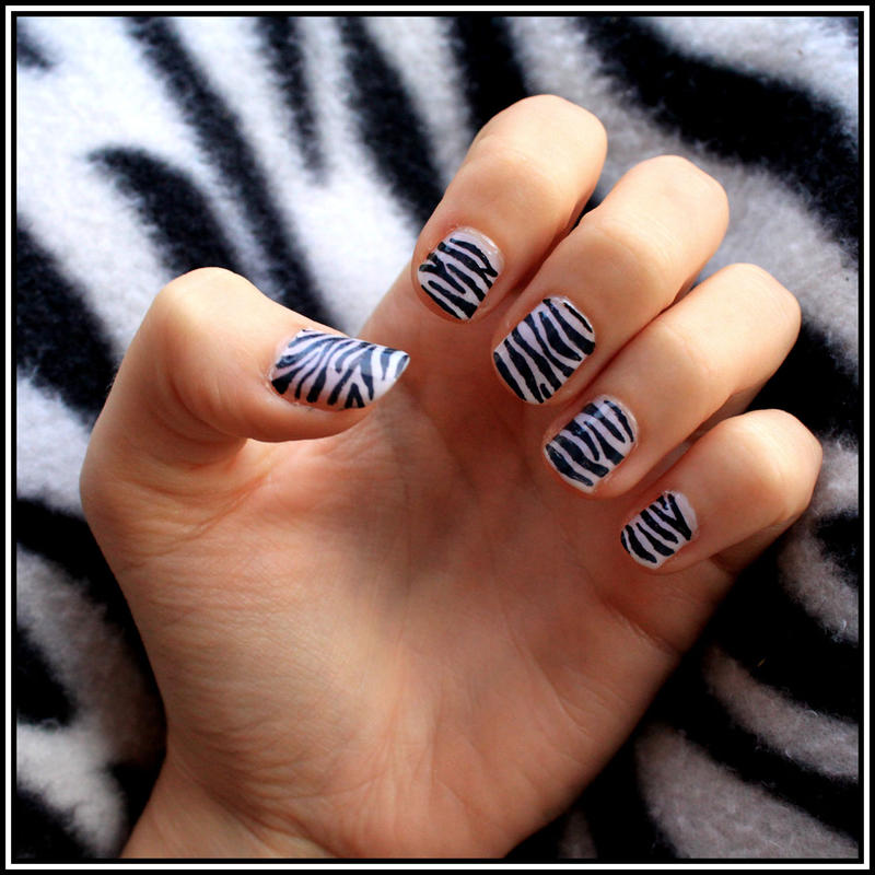Zebra design on nail zebra print nail designs joy studio design nail art zebra designs prinsesfo Image collections
