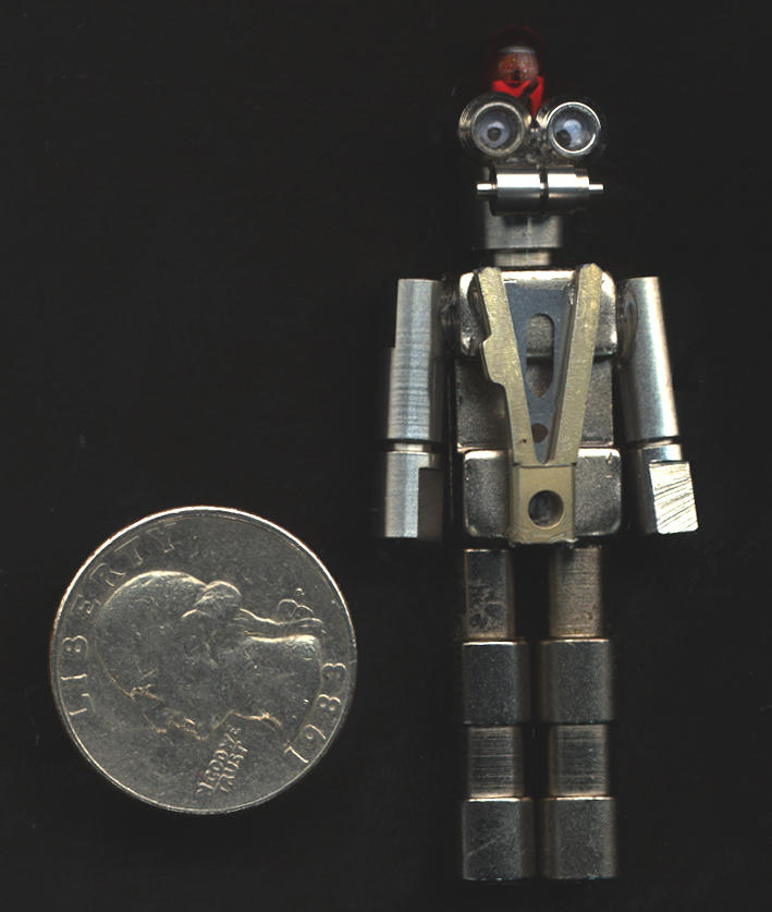 Small Robot No. 3 by photozz