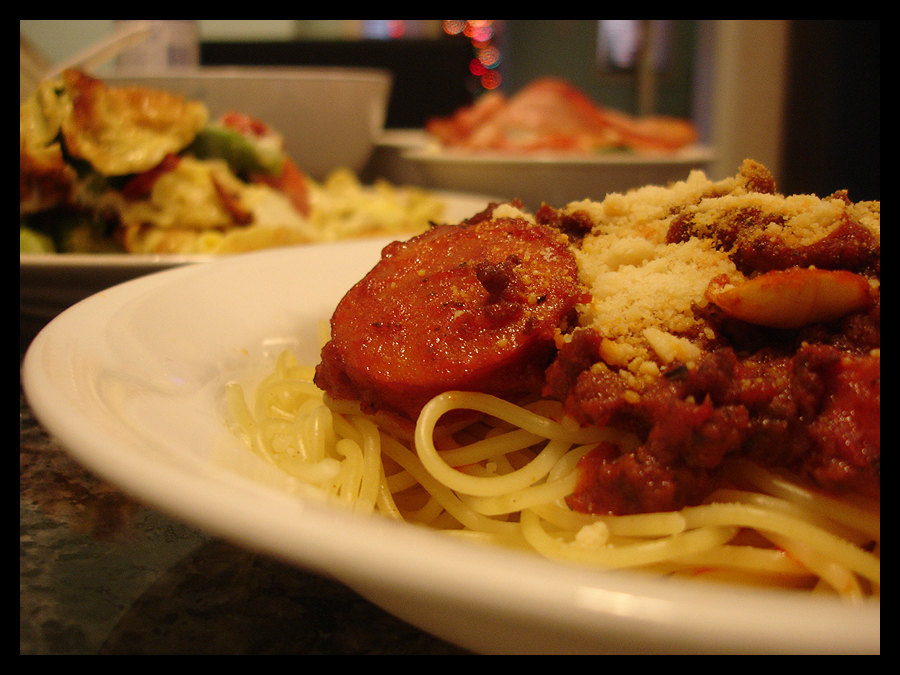 http://fc04.deviantart.net/fs14/f/2006/357/7/5/Spaghetti_by_First_Impressions.jpg
