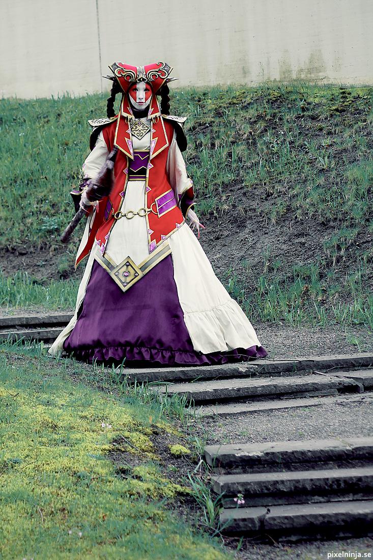 Diablo III Caldeum Nobility cosplay by pixel-ninja