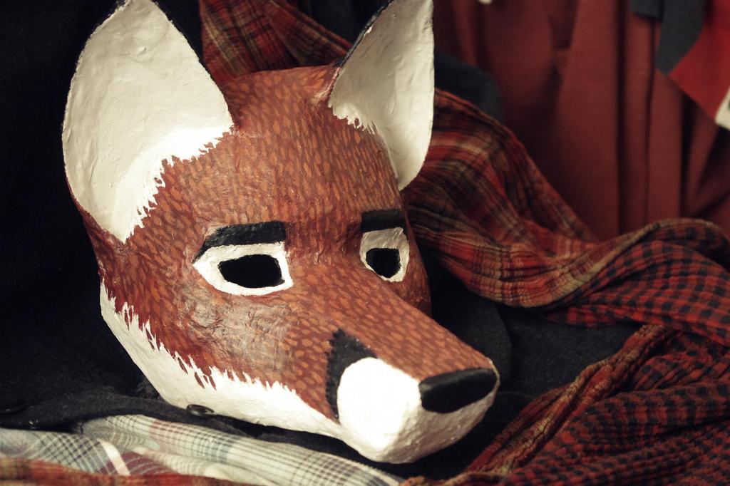 fox mask final paintjob by its emil again on deviantart. Black Bedroom Furniture Sets. Home Design Ideas