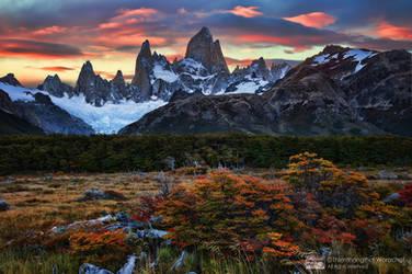 The Peak by Michaelthien