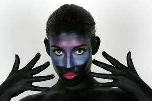 Alien me by khavi
