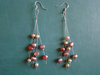 Fresh water pearl earrings by fingirl