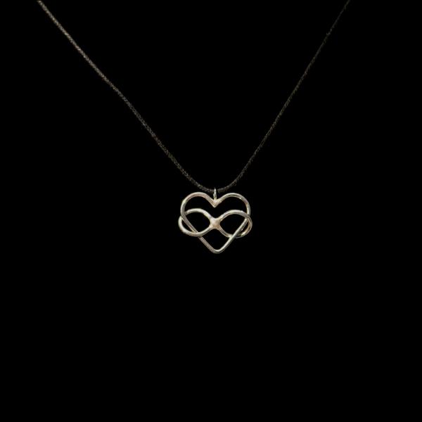 Polyamory pendant by timjo