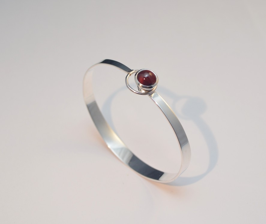 60's style bangle by timjo