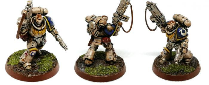 Primaris Space Marine Lieutenant w Boltgun