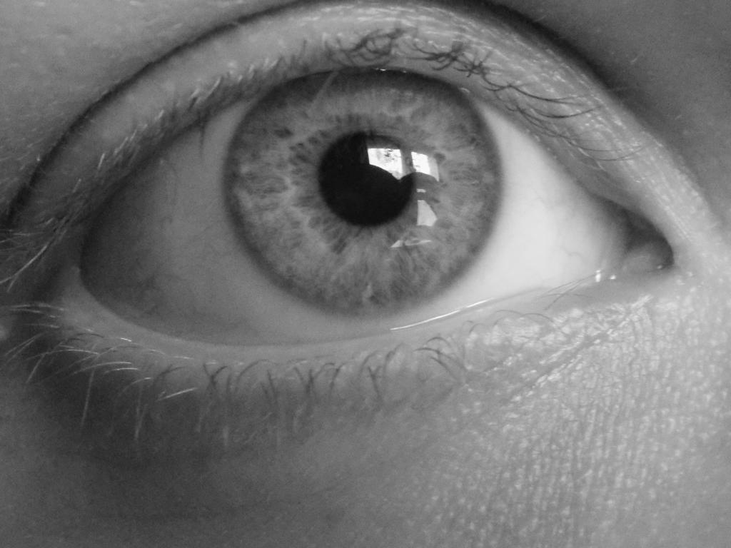 Eye 2 by Skrillexia-TF