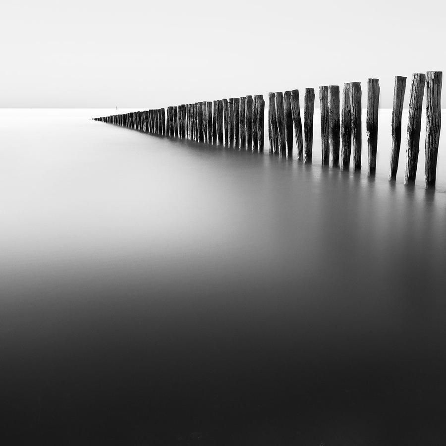 Groynes by Durdenyr