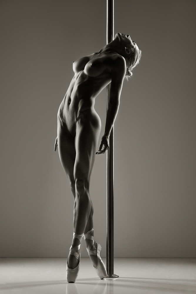 фото девушек балерин голых
