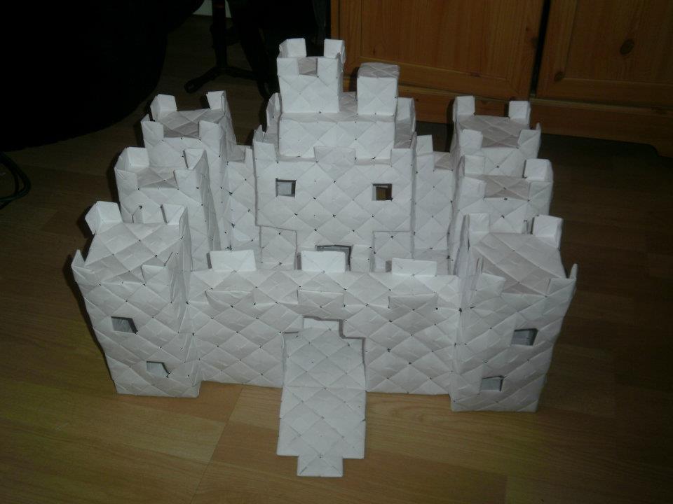 modular origami castle 2 by fuzzymo1994 on deviantart