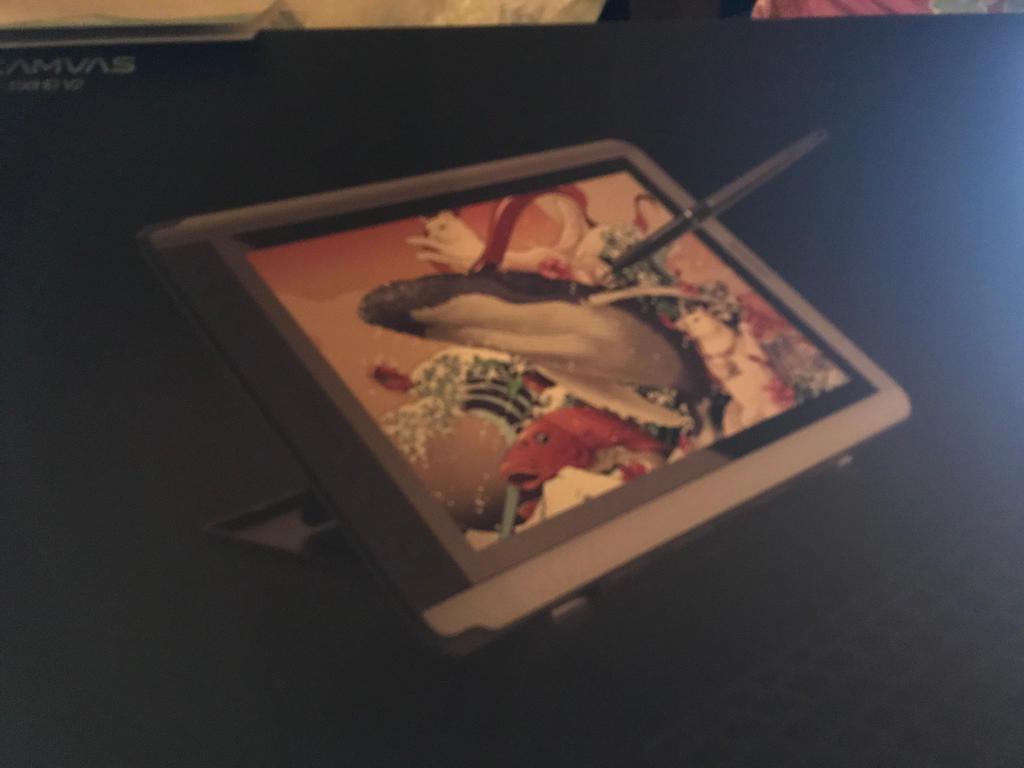 AAAAAAAAA GUYS LOOK I GOT A NEW TABLET  by Pastella-Galaxy