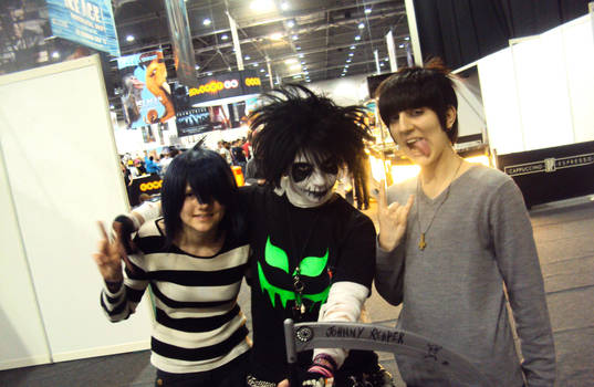 JOhnny Reaper Meets NOodle and Murdoc!