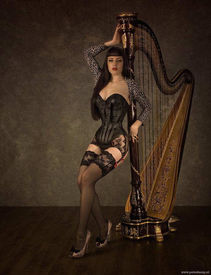 18inch corset by DenaMassque