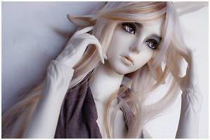 Amber by il-bello