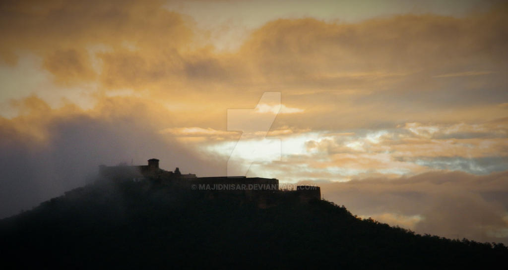 Mystical Fortress In the Mountains by majidnisar