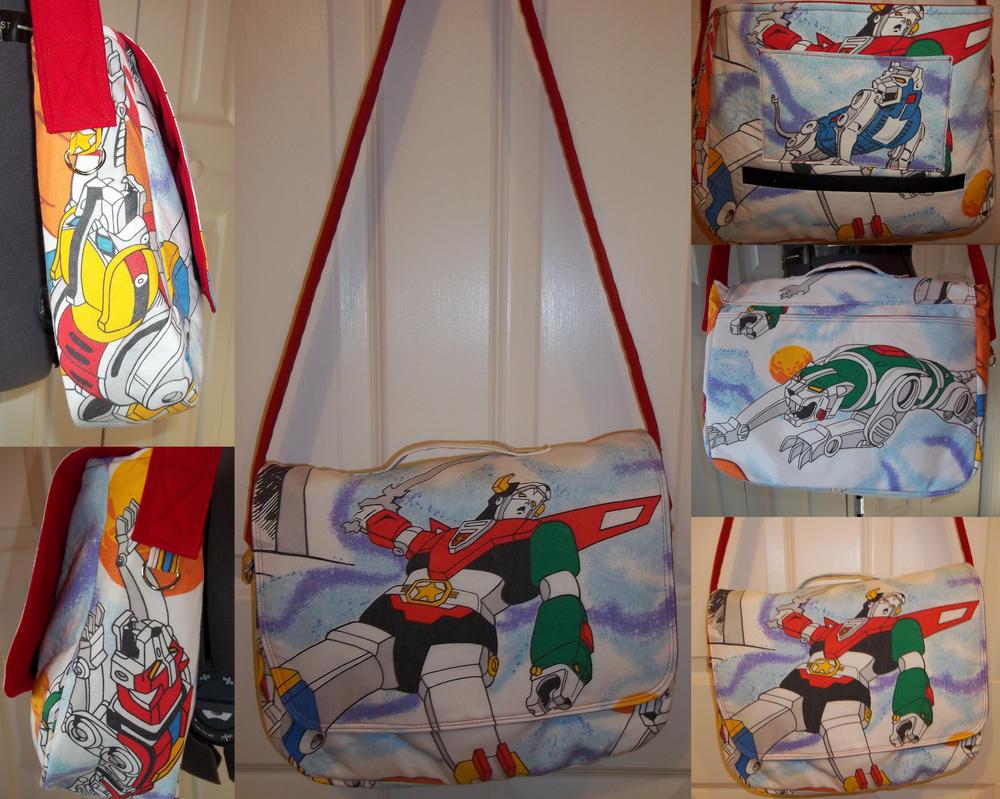 Voltron Messenger Bag by elecktrum