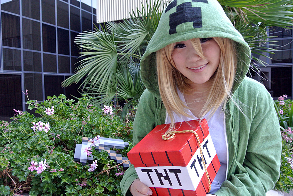 Creeper - Minecraft by angelaalee