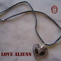 Love Aliens by Oniko-art