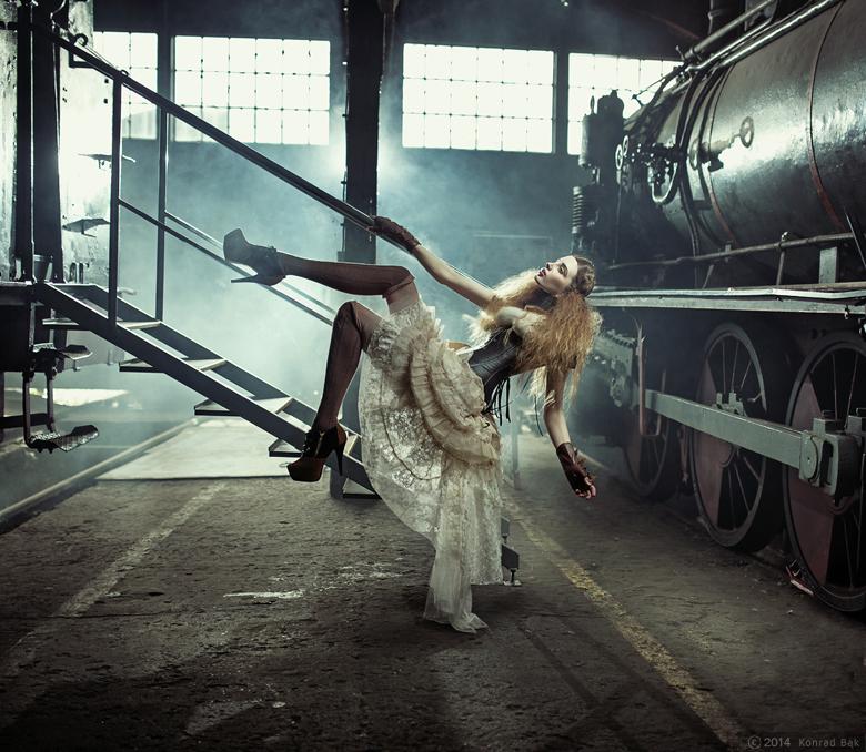 Steampunk Express by VMPSelene