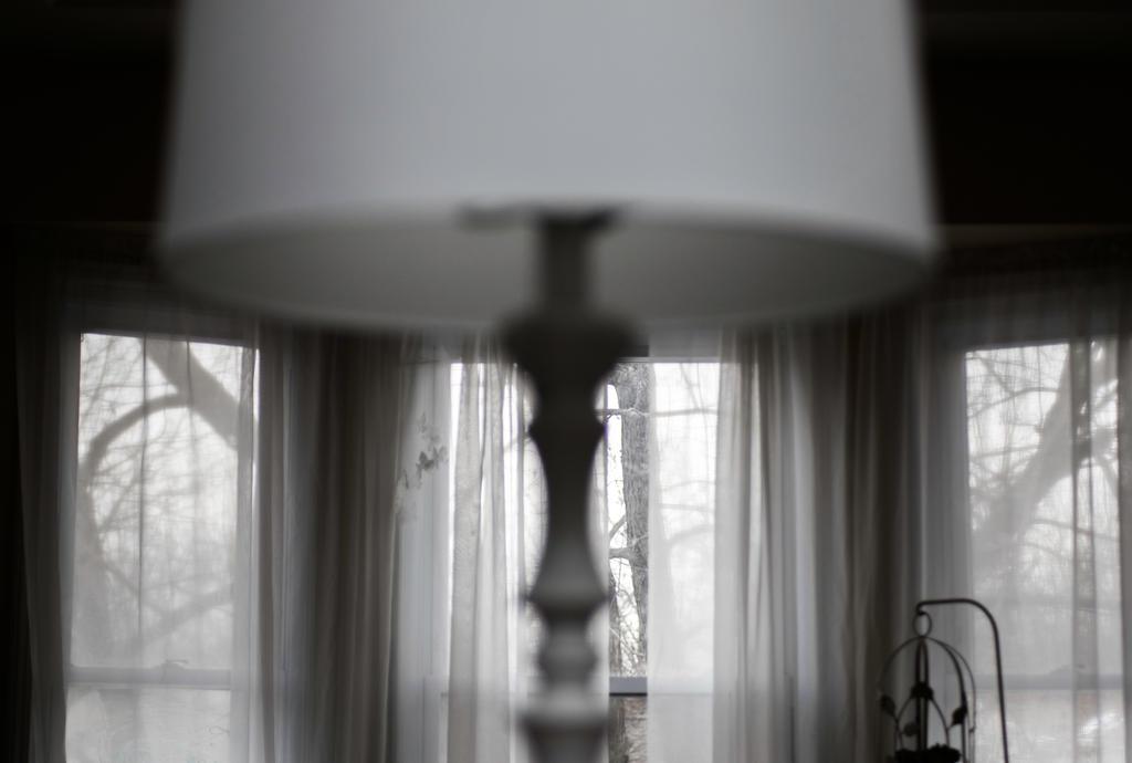 Winter Interior by zamfir