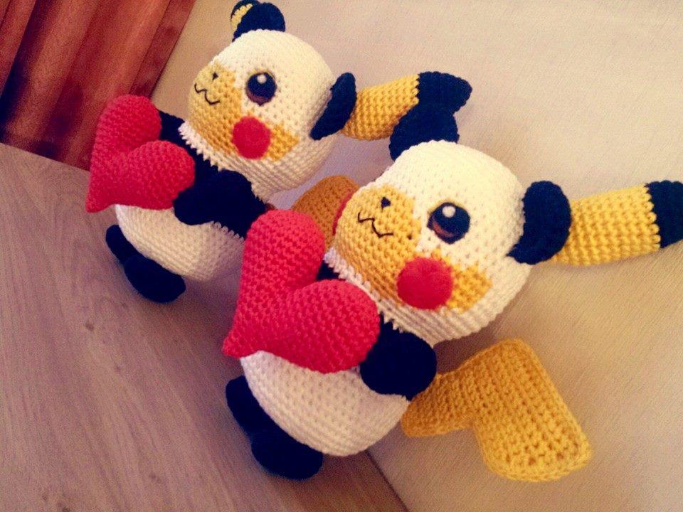 Ravelry: Zhen the Panda Amigurumi pattern by Carolina Guzman | 720x960