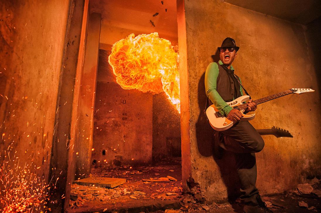 Burning the music by ThiagoBotelho2510