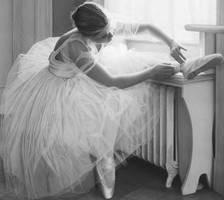 Ballet is beautiful by BittersweetTears04