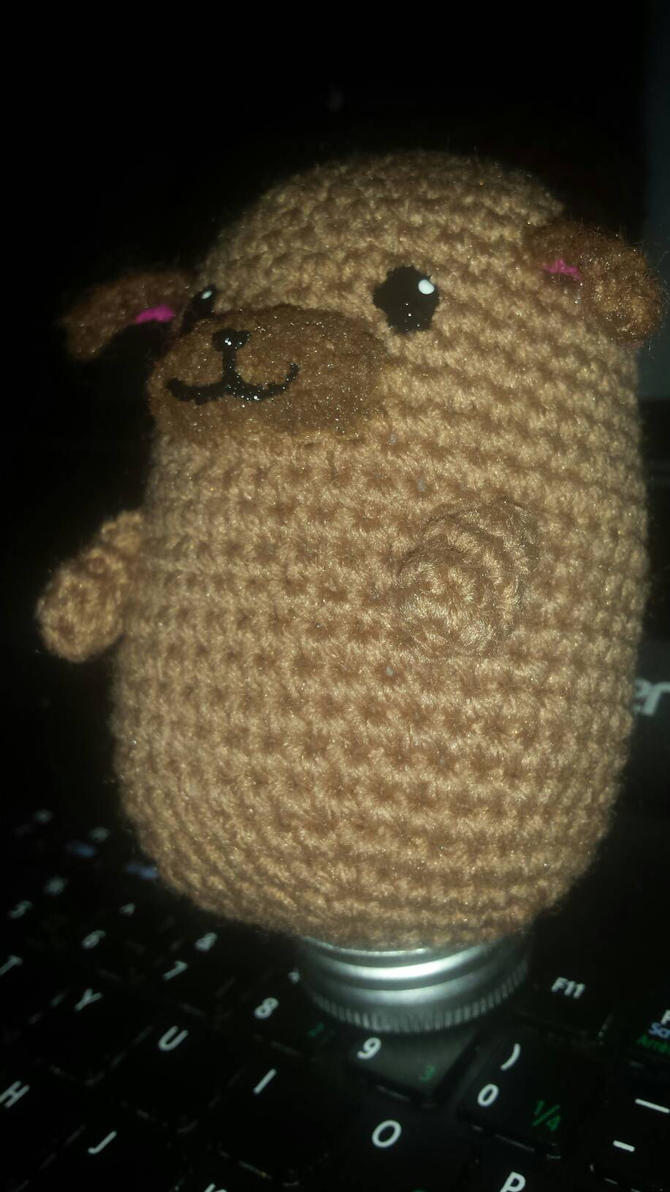 Pugtato - side pic by TehKnittyKitty