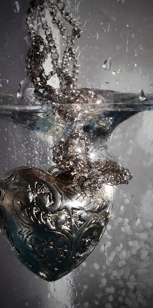 . drowning . m e m o r i e s . by KarenWanny