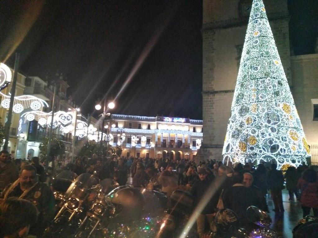 luces navideas en badajoz y grupo motero vocs by carlomanso - Imagenes Navideas