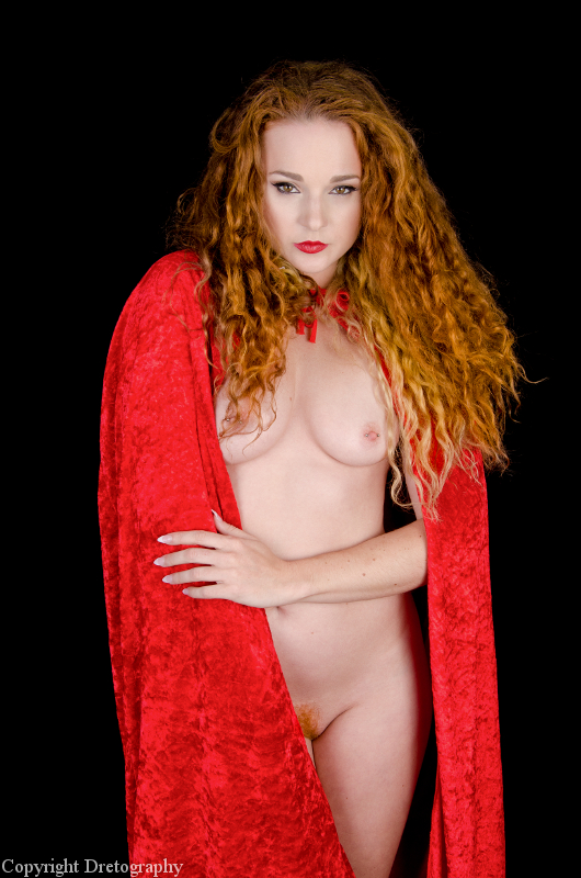 Tempting Red Riding Hood 02 by Dretography