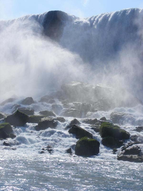 Niagara falls 3 by Meret-Alexandra