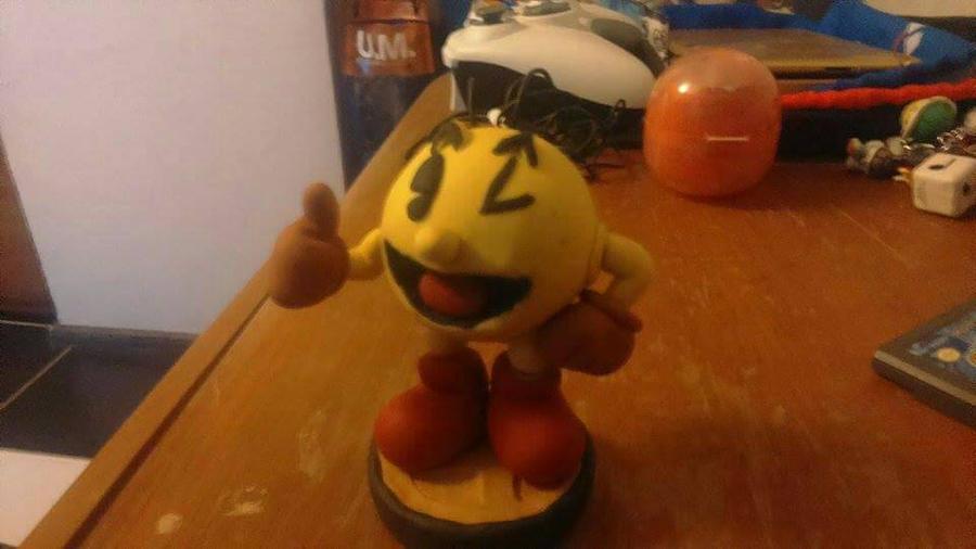 Pacman Replica Amiibo. by Warioexpert