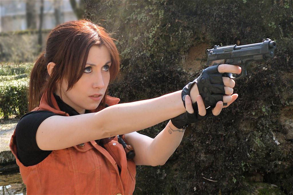Claire Redfield Cosplay Resident Evil 2 By Nerdbutpro On Deviantart