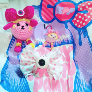 Kyary Pamyu Pamyu crafts