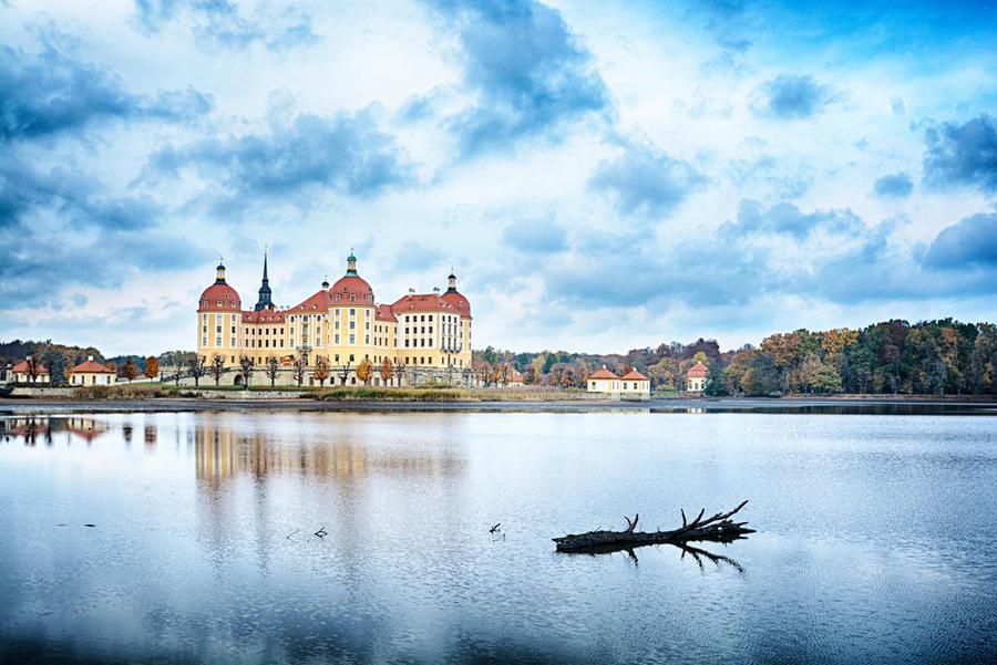 Maerchenschloss by naturetimescape