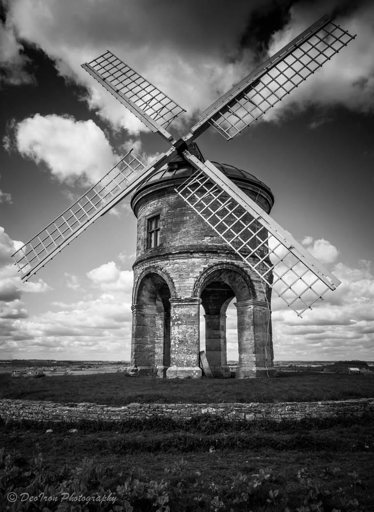 Chesterton Windmill by DeoIron