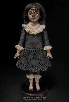 Shelbe  Exquisite Monster Art Doll