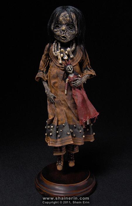 Mummy Sculpture M43 by shainerin