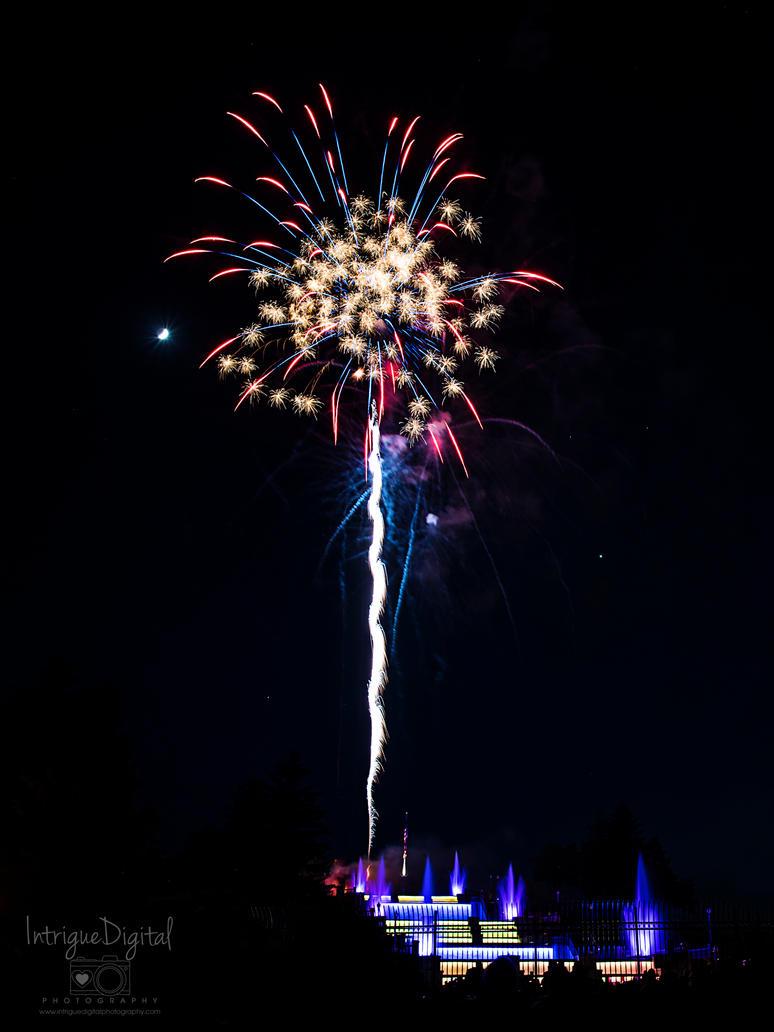 Memorial Day Cascades Fireworks, Jackson, MI 2 by JessicaDobbs