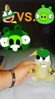 Lemmy koopa vs large minion pig